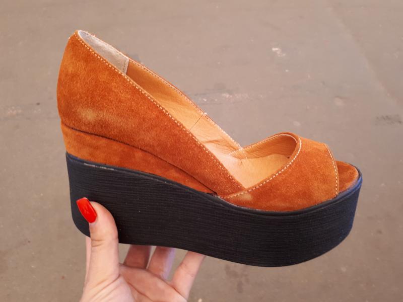 Туфли замшевые на танкетке Glam. Украина
