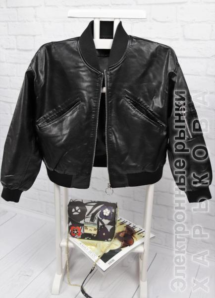 Стильная кожаная куртка с вышивкой на спине. - Куртки кожаные женские на рынке Барабашова