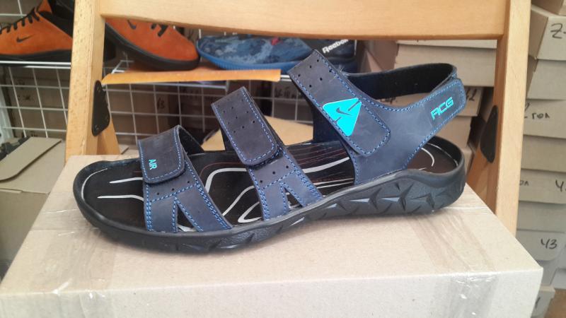 Мужские кожаные сандалии Nike. Украина