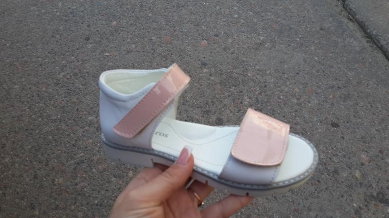 Кожаные босоножки на девочку на липучке. Харьков