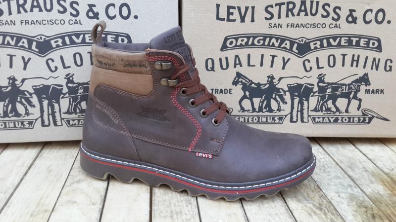 Ботинки коричневые Levi's зимние. Турция