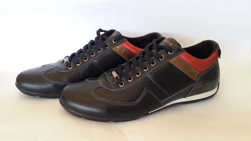 Стильные мужские кожаные кроссовки. Украина