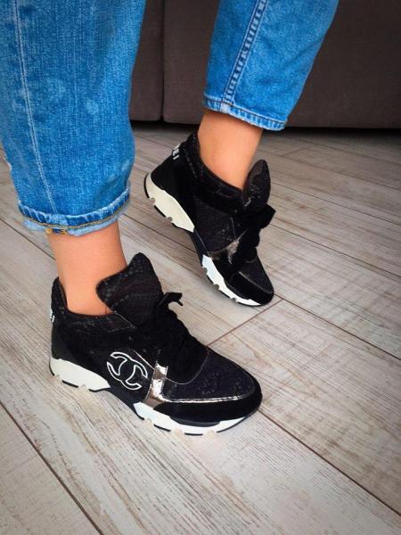 Кроссовки женские Chanel.