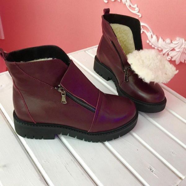 Женские зимние кожаные ботинки. Украина