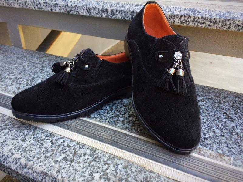 Туфли замшнвые Classic c кисточками. Украина