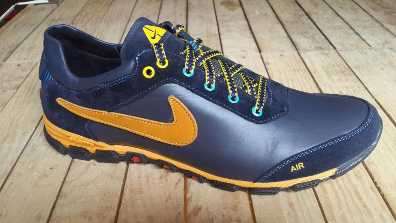 Кроссовки Nike из натуральной кожи. Украина