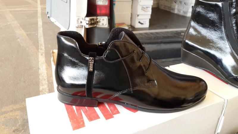 Женские лаковые ботинки больших размеров. Украина