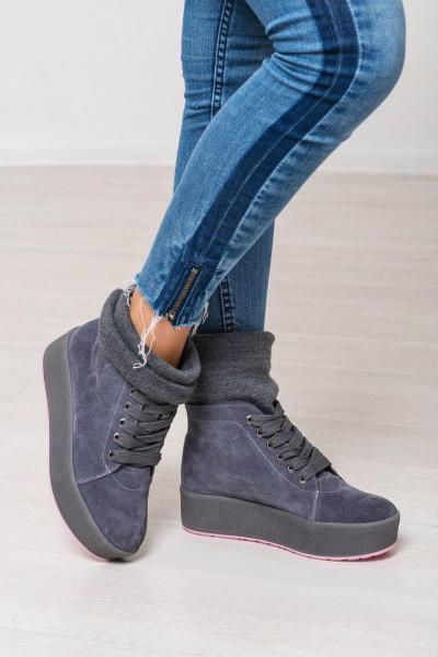 Стильные и теплые ботинки с довязом. Ураина