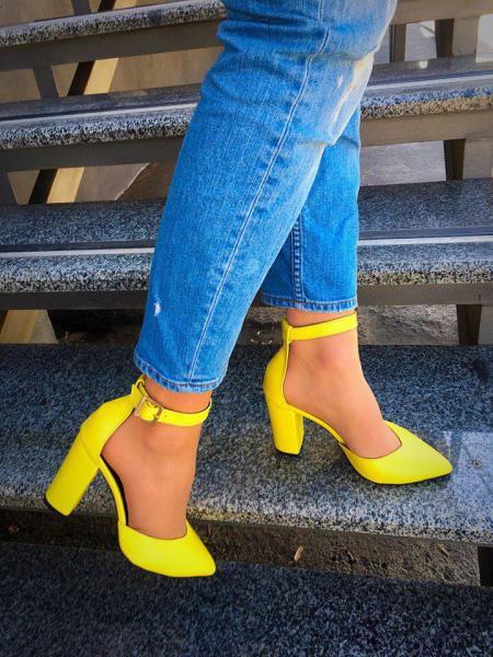 Шикарные женские кожаные туфли. Украина