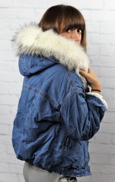 Фото Одежда женская, Верхняя женская одежда Джинсовка с мехом кролика.