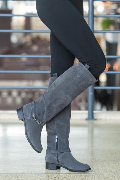Модные женские сапоги из натуральной замши. Украина