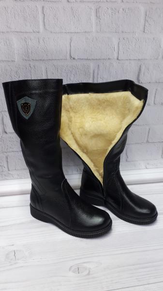 Женские зимние кожаные черные сапоги. Украина