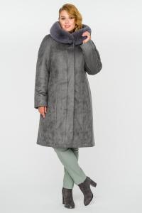 Фото  Зимнее пальто с капюшоном
