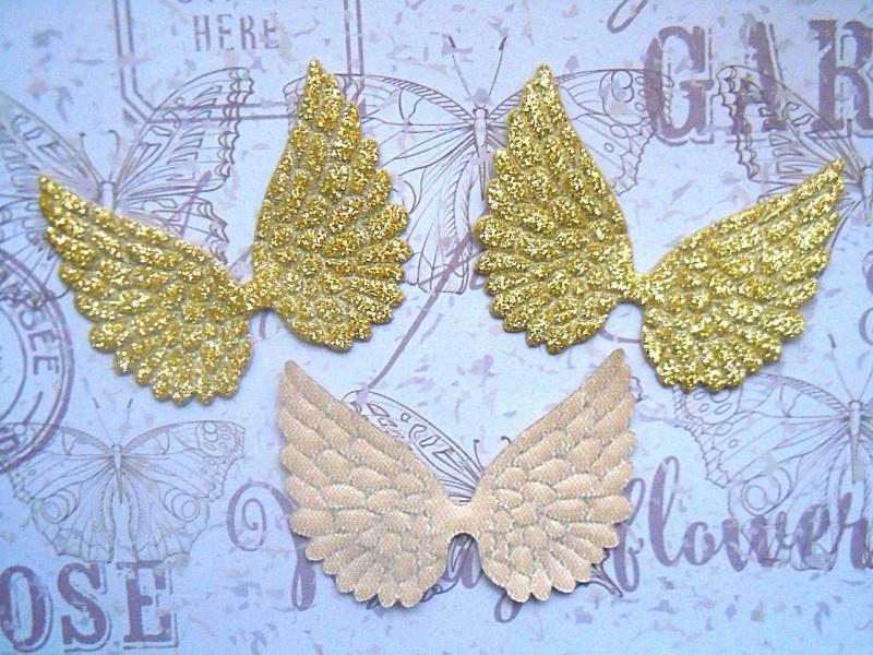 Фото Тканевый декор Крылья   58 * 45 мм.  Экокожа  с  золотым  глитерным  покрытием.