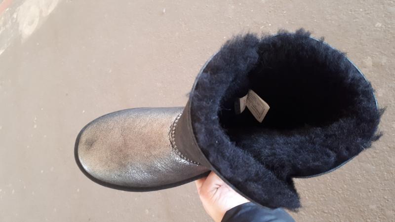 Фото Женская обувь, Зима, Угги, унты Натуральные UGG Australia с пуговицей. Украина