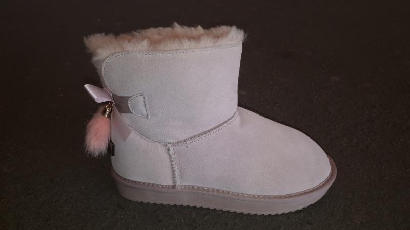 Фото Женская обувь, Зима, Угги, унты Натуральные UGG Australia замшевые. Украина