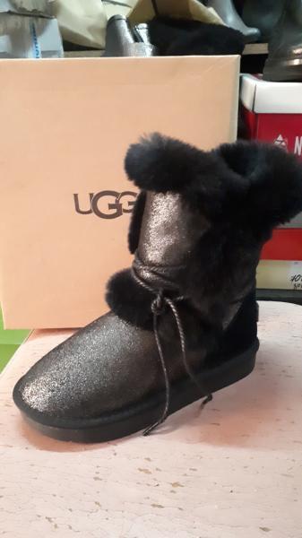 Фото Женская обувь, Зима, Угги, унты Натуральные UGG Australia на шнурках. Украина