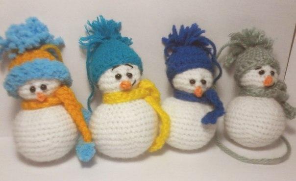 Снеговик вязанный, ручная работа