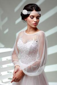 Фото Свадебные платья Легкое свадебное платье с длинными рукавами Василиса