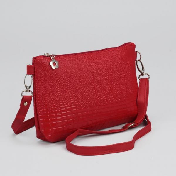 Клатч женский, отдел на молнии, наружный карман, регулируемый ремень, цвет красный