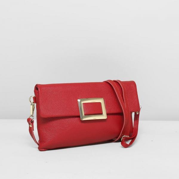 Клатч женский, отдел на молнии, наружный карман, длинный ремень, цвет красный