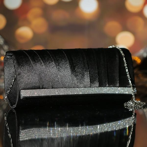 Клатч женский, отдел на магните, длинная цепь, цвет чёрный