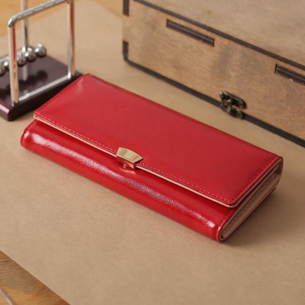 Кошелёк женский на клапане, 4 отдела, для карт, монет, наружный карман, цвет красный