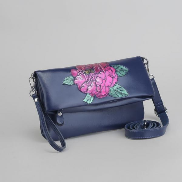 Клатч женский, отдел с перегородкой, 2 наружных кармана, с ручкой, длинный ремень, цвет синий
