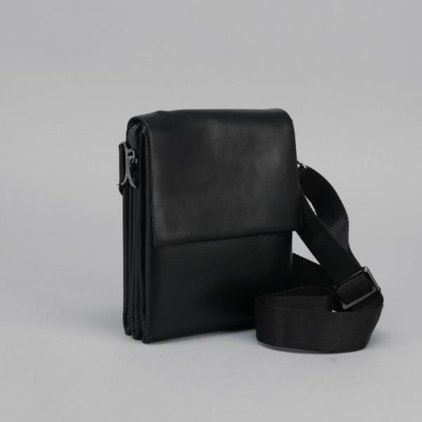 Планшет мужской, 3 отдела на молнии, наружный карман, длинный ремень, цвет чёрный
