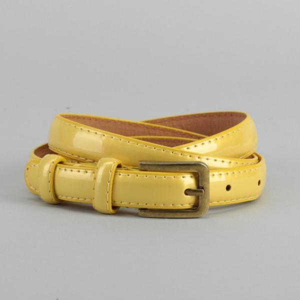 Ремень женский, гладкий, ширина - 1,8 см, пряжка матовое золото, цвет жёлтый