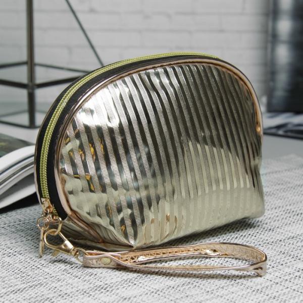Косметичка-сумочка, отдел на молнии, с ручкой, цвет золото