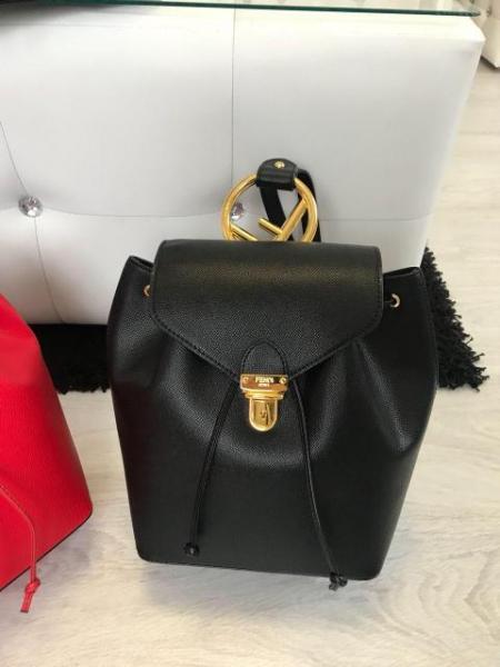 """Рюкзак женский кожаный """"Фенди"""" черный премиум качество"""