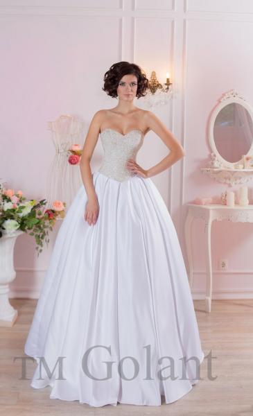 Пышное атласное белое свадебное платье Синдерелла