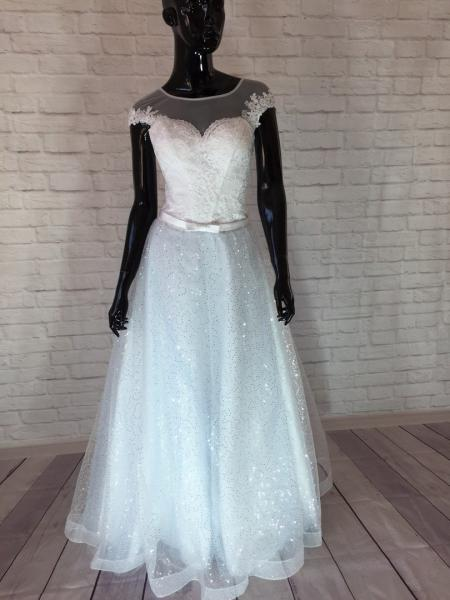 Нежное свадебное платье а-силуэт Лагуна