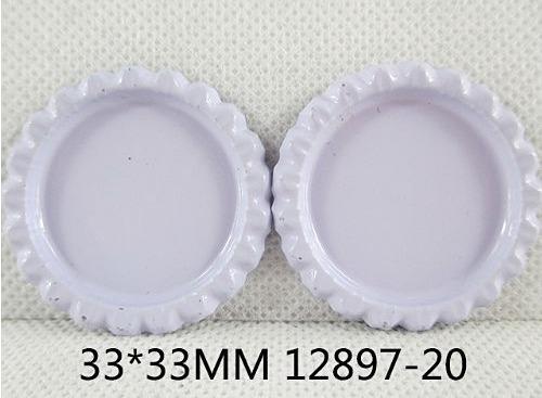Фото Серединки ,кабашоны, Крышечки,эпоксидная наклейка Металическая  крышечка  Белого  цвета , по  наружи  33 мм.  Внутрений  размер  25 мм.