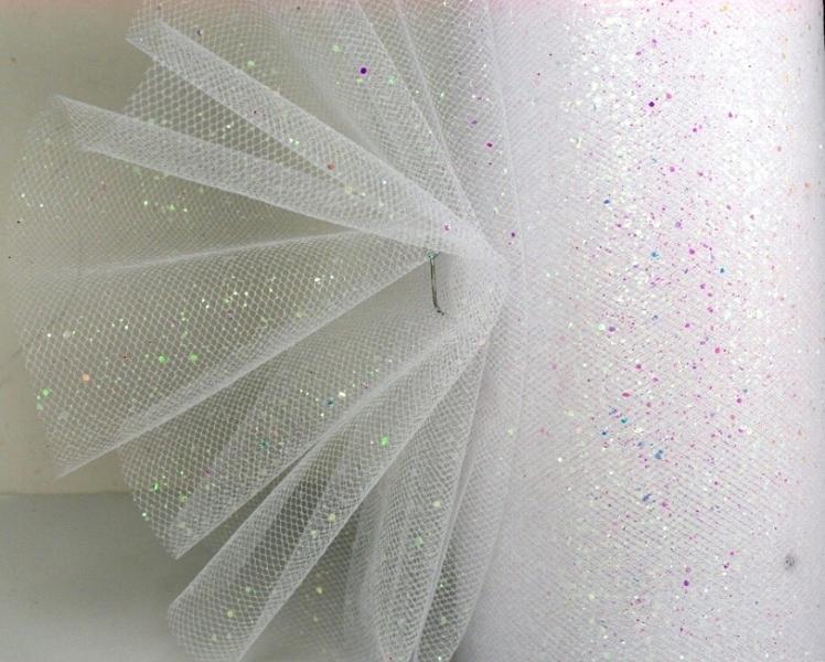 Фото Фатин и регилин Фатин   ширина  15 см.   Белого  цвета  с  мелкими , перламутровыми  блёсточками .