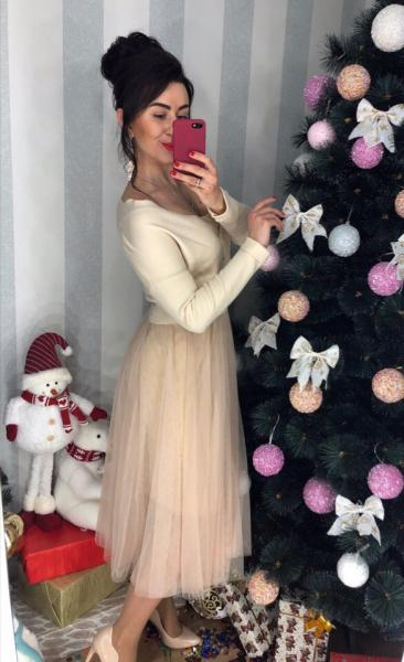 Фото Платья женские, Одежда женская Яркий комлект кофта и юбка.