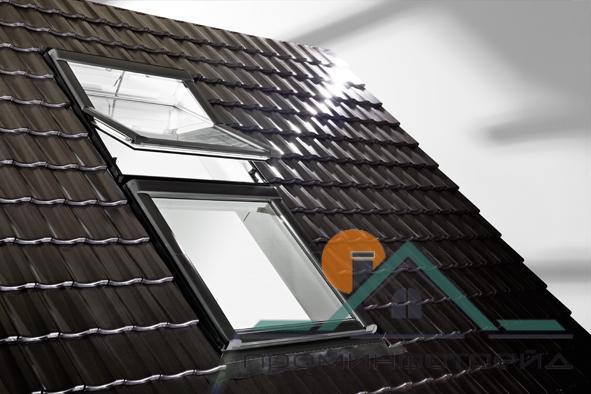 Фото Мансардные окна Мансардное окно Designo R45 H RotoTronic E 09/11