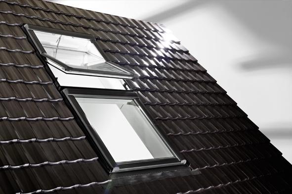 Мансардное окно Designo R45 KW WD RotoTronic EF 09/11