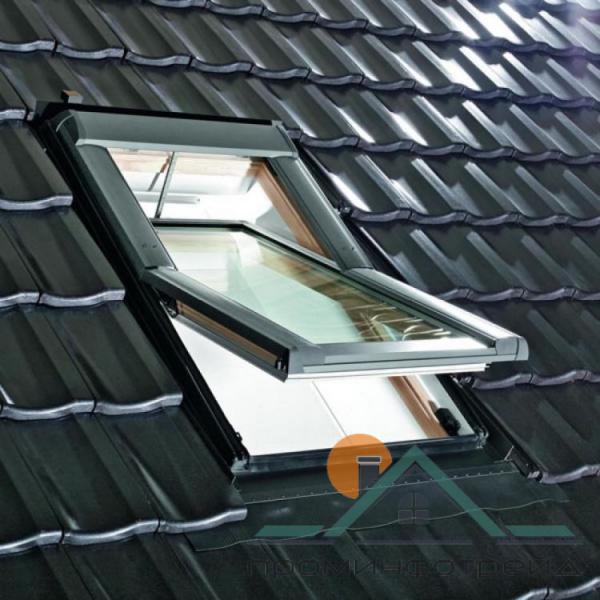 Фото Мансардные окна Мансардное окно Designo R69G H WD RotoTronic E 09/11