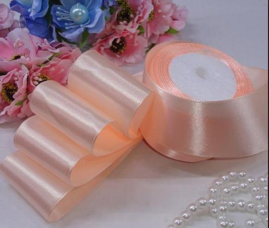 Фото Ленты, Лента атласная  однотонная 4 см Атласная лента 4см ,цвет св. персик