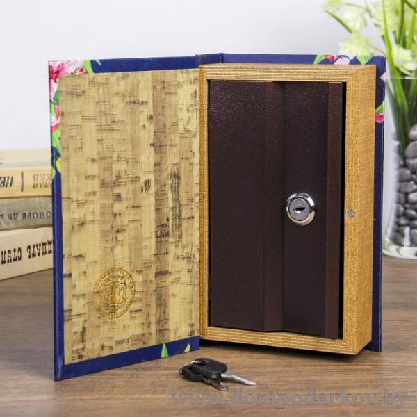 Фото Подарки женщине Сейф дерево книга шёлк