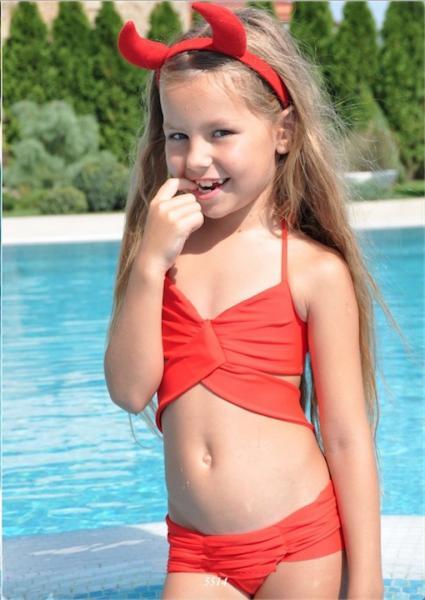 Красный купальник для девочки BAEL Американка 5514 152 Красный BAEL 5514
