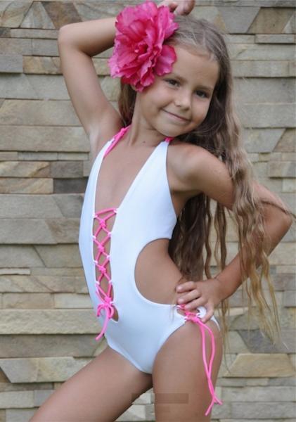 Белый купальник для девочки BAEL Ящерка 5507 122 Белый BAEL 5507
