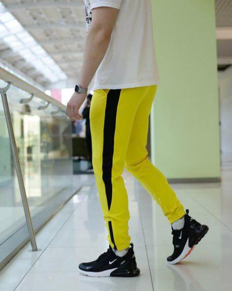 Мужские желтые спортивные штаны от бренда ТУР, модель Рокки