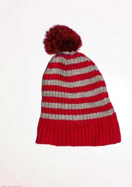 Фото  Женские шапки ISSA PLUS 7959  Universal мультиколор