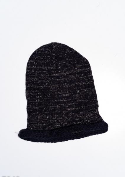 Фото  Женские шапки ISSA PLUS 7942  Universal черный