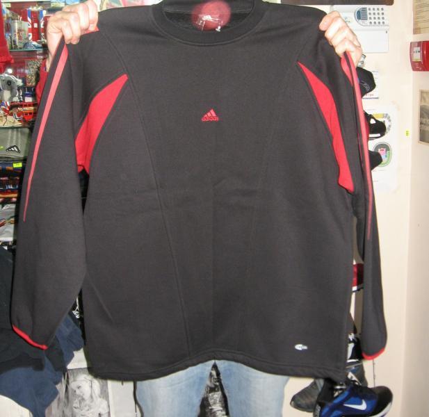 Кофта Adidas черная с красным