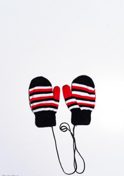 Детские перчатки и варежки ISSA PLUS 7871  12 месяцев черный