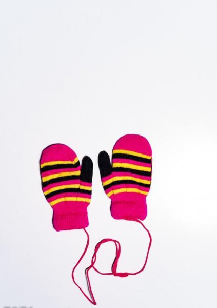 Детские перчатки и варежки ISSA PLUS 7871  12 месяцев малиновый